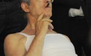 non si dice piacere - canottiera canotta bianca estate Umberto Bossi 2011