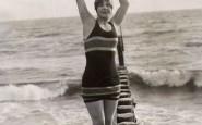 January 1st, 1922 -- A California glamour shot, I'll bet- non-si-dice-piacere-blog-bon-ton-galateo