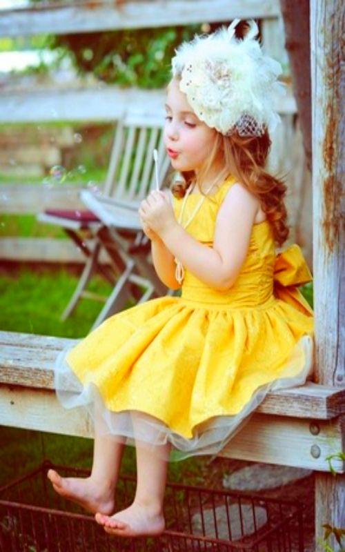 blowing bubbie-bolle di sapone-giornate-giornata infinita-tempo-orologio-attese-stress-non-si-dice-piacere-bon-ton-buone maniere.