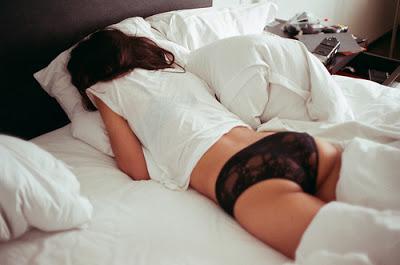 sogno-federa cuscino-trucco-struccaarsi-non-si-dicepiacdere-bon ton