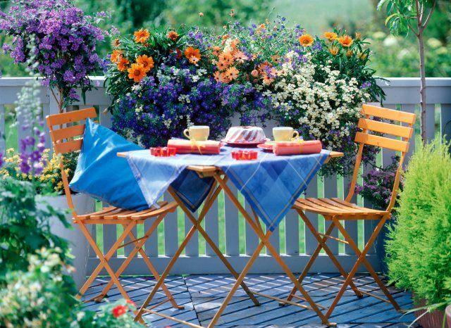 balcone- fiori-spring-primavera-non si dice piacere-bon ton buone maniere