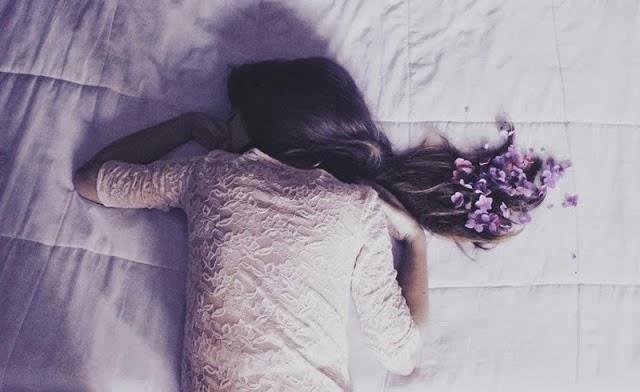dormire aprile - letto-primavera-pasqua-non-sidice-piacere-bon-ton-galateo-buonemaniere