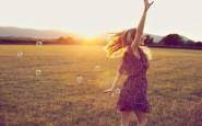 camminare - correre- pensare- riflettere- non si dice piacere-bon ton buone maniere tramontoe