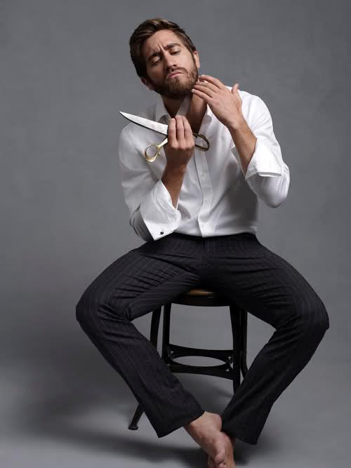 jake gyllenhaal scissors, barba-come portarla-galateo-buon gusto-non si dice piacere-bon tonl