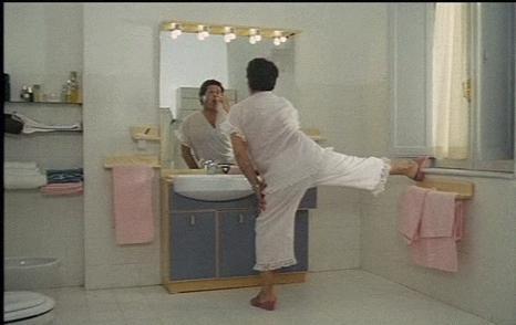 ragazzo di campagna - toilette- bagno ufficio- come comportarsi-non si dice piacere-bon ton buone maniere.jpg