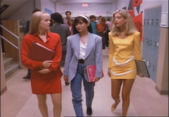 BH-90210-2x01-Beach-Blanket-Brandon-beverly-hills-pensare-riflettere-estate-ricordi-non-si-dice-piacere-bon-ton-buone-maniere-galateo
