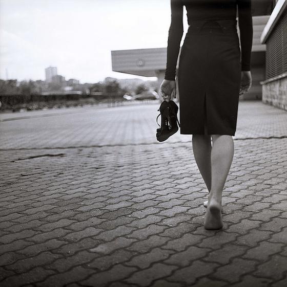cambio scarpe-estate-buoni-propositi-prova-costume-non-si-dice-piacere-bon-ton