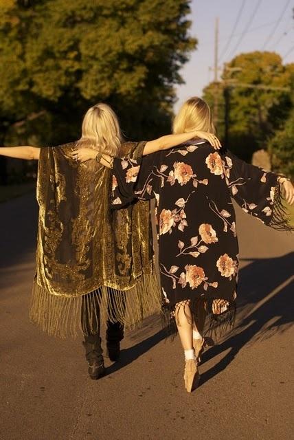 cappottini tendenze-estate.righe.frangie-2014-non-si-dice-piacere-blg-bon-ton-buone maniere-galateo
