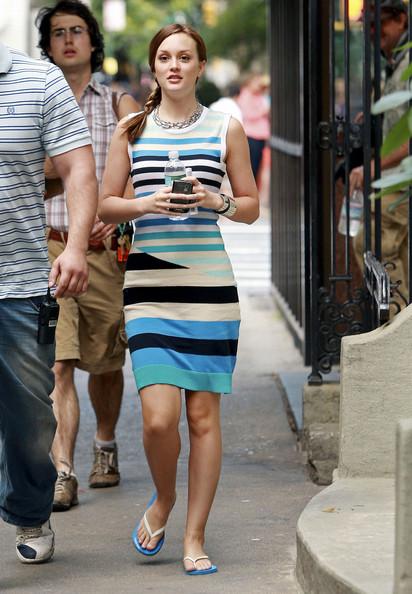 Leighton+Meester+Sandals+Flip+Flops+infradito-città-tamarro-vestiti-accessori-estivi-estate-cafone-buon-gusto-bon-ton-non-si-dice-piacere