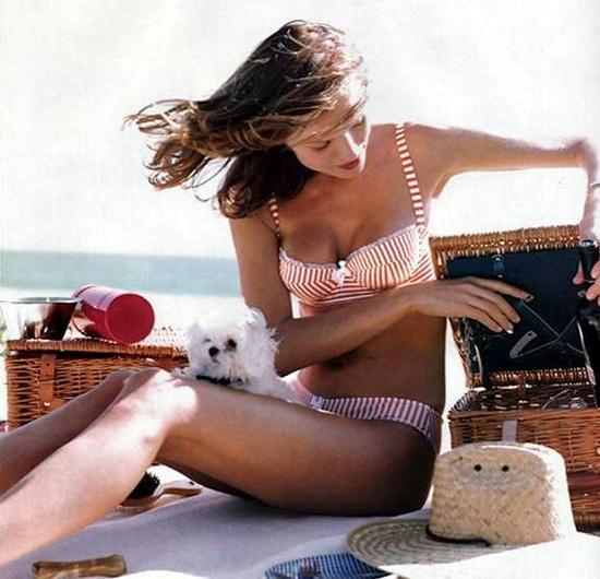 caldo+doccia+fredda+non+si+dice+piacere+buone+maniere+maglietta+bagnata+estate4o1_1280