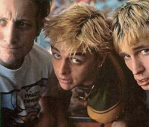 green-day-blonde-mode-estate-anni-90-vintage-dimenticata-tendenze-brutta-non-si-dicepiacere-blog-buone-manierejpg