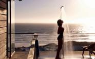 spiaggia+tramonto+doccia+fuori+caldo+doccia+fredda+non+si+dice+piacere+buone+maniere+maglietta+bagnata+estate