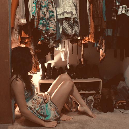 niete-da mettersi-vestiti-shopping-brenda-donna-armadio-lui-dettagli-maschili-moda-non-si-dice-piacere-bon-ton
