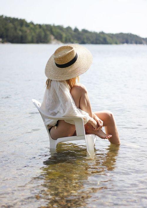 sedia-mare-estate-to-do-list-cosa-fare-10-cose-non-si-dice-piacere-blog-buone-maniere
