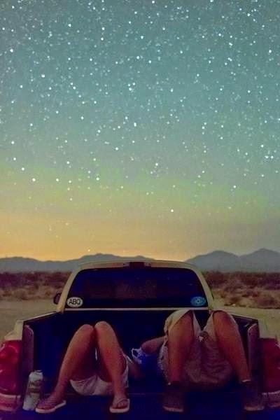 stelle-cadenti-notte-desideri-san-lorenzo-10-agosto-non-si-dice-piacere-bon-ton