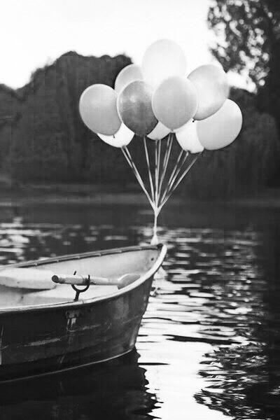 1 -barca palloncini- settembre-buoni-propositi-back-to-school-non-si-dice-piacere-bon-ton