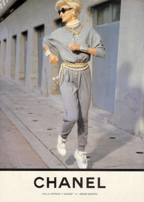 4- chanel 1980-buoni-propositi-back-to-school-non-si-dice-piacere-bon-ton