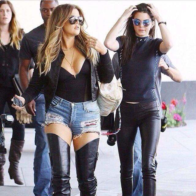 Khloe-Kardashian- hot-pants-jeans-orsetto-panda-carrello-spesa-città-estate-non-si-dice-piacere-blog-buone-maniere