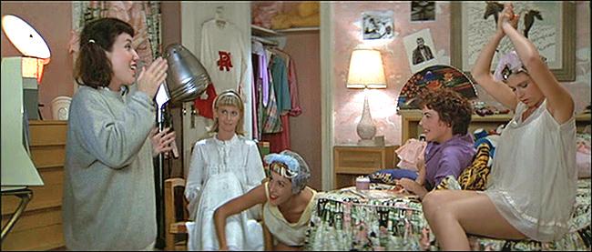 SlumberParty-pijama-pigiama-party-finte-vacanze-non-si-dice-piacere-buone-maniere-galateo.