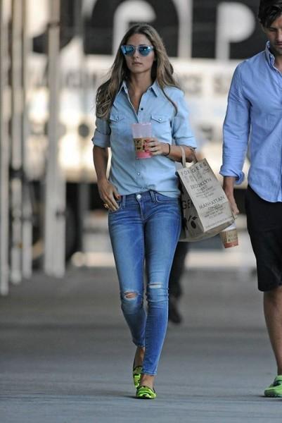 Olivia-Palermo-jeans.cambioarmadio1-cambio-stagione-vestiti-quattro-stagioni-blog-buone-maniere-non-si-dice-piacere