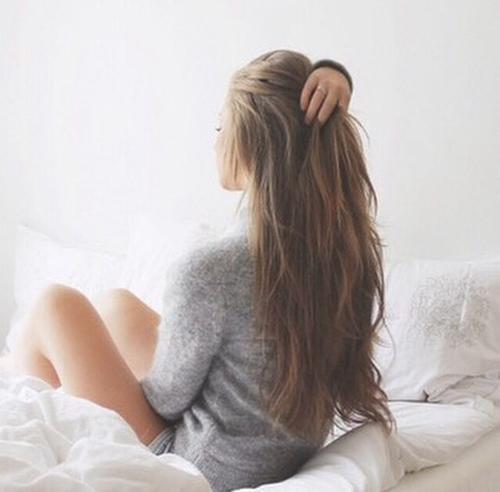 capelli-letto-capelli-coccole-deluca-shampoo-cura-balsamo-non-si-dice-piacere-bon-ton-buone-maniere-blog