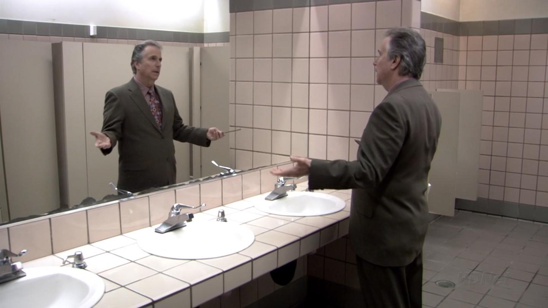 fonzie-bagno-ispirazioni-bagni-pubblici-toilette-buona-educazione-bon-ton-maniere-galateo-non-si-dice-piacere