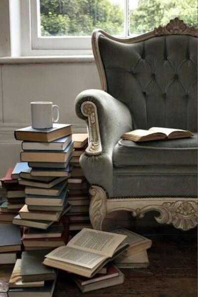 libri-cose in-prestito-imprestare-restituire-bon-ton-buone-maniere-galateo-non-si-dice-piacere