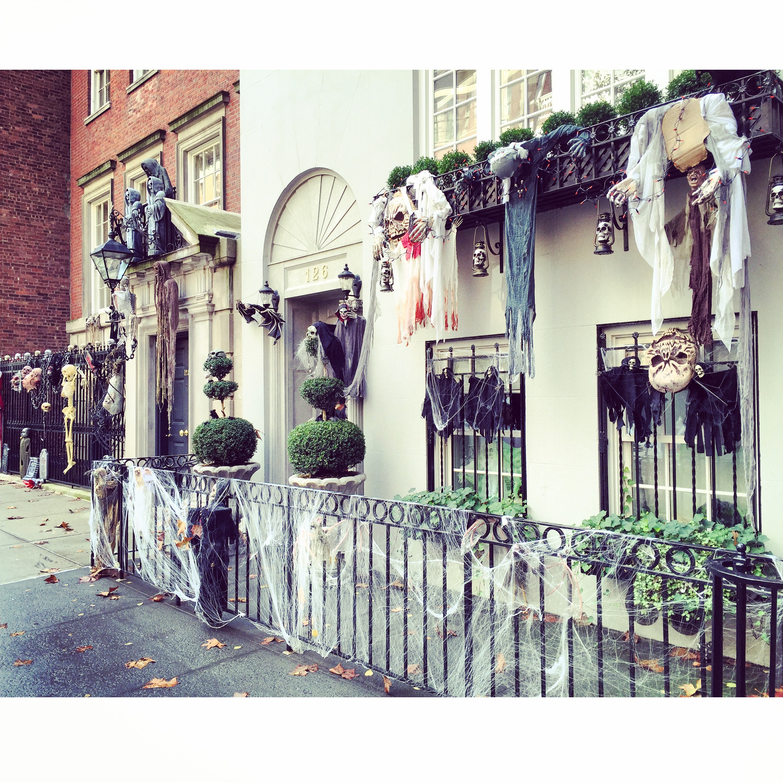 nyc-upper-east-side-halloween-italia-tradizione-giochetto-scherzetto-come-addobbare-casa-non-si-dice-piacere-bon-ton-buone maniere-blog