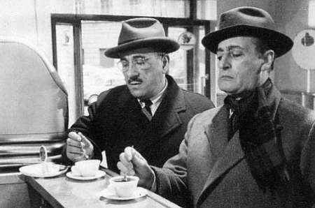 toto-e-peppino-in-pausa-caffe-bar-buone-maniere-galateo-non-si-dice-piacere-blog-galateo