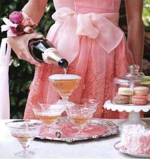 champagne-cute-fashion-macarons-partyconsigli-cosa-fare-primo-appuntamento-maschi-bon-ton-buone-maniere