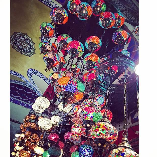 gran-bazar-istanbul-contrattare-non-si-dice-piacere-bon-ton-galateo-mercato-prezzo