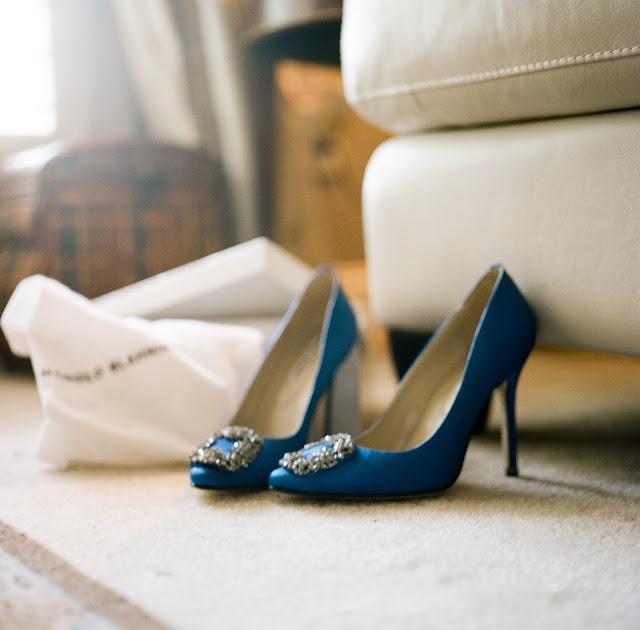 scarpe-manolo-carrie-imparare-propri-errori-galateo-bon-ton-non-si-dice-piacere-buone-maniere