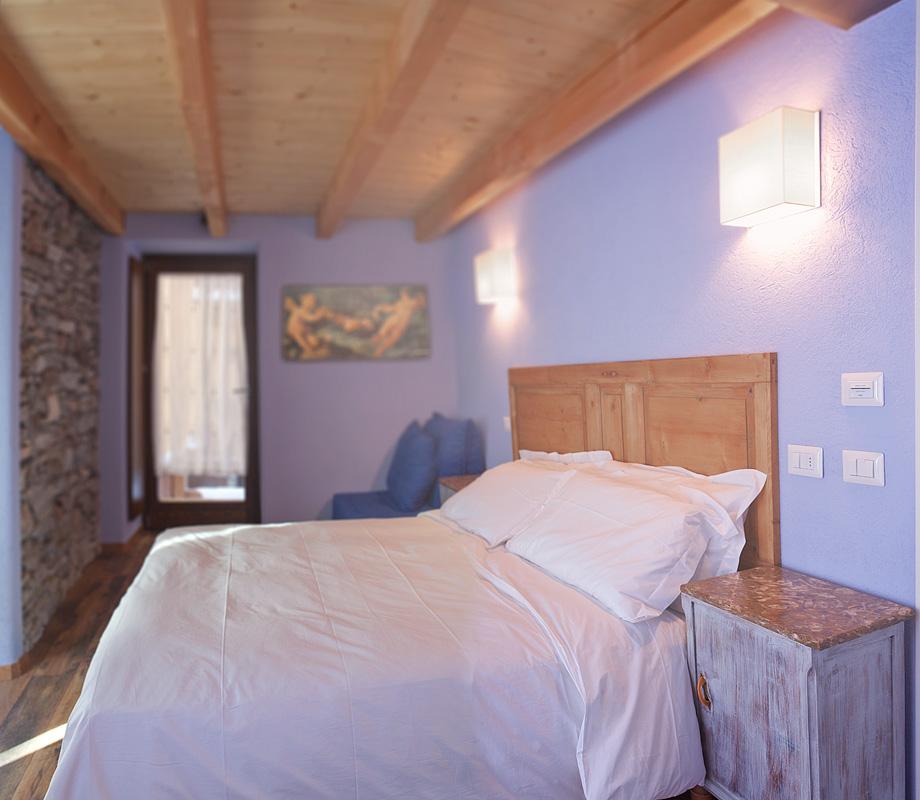 camera-rifugio-lilla-la-thuile-non-si-dice-piacere-galateo-bon-ton-hotel-albergo