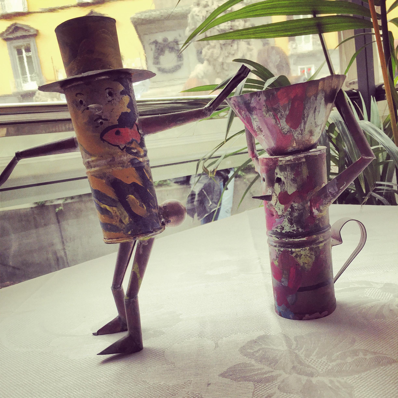cuccume-epoca-desing-cuccuma-week-kimbo-gran-caffè-la-caffetteria-napoli-kimbo-tradizione-fare-non-si-dice-piacere-bon-ton-buone-maniere