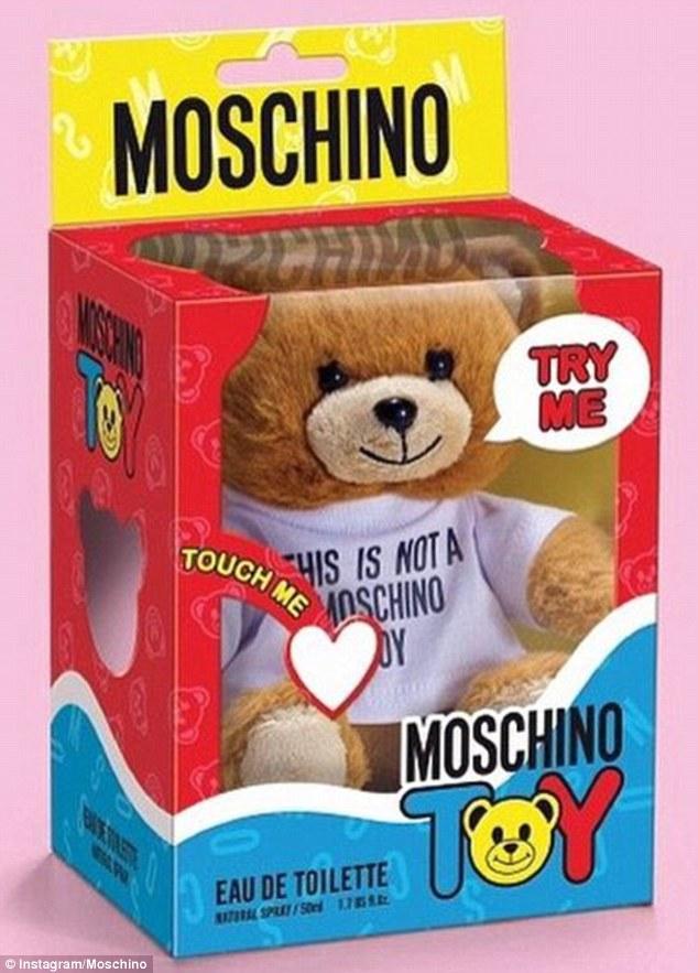 this-is-not-toy-moschino-paolo-lucci-stefano-sacchi-brand-jamming-accademia-lusso-eventi-corso-marketing-marca-non-si-dice-piacere