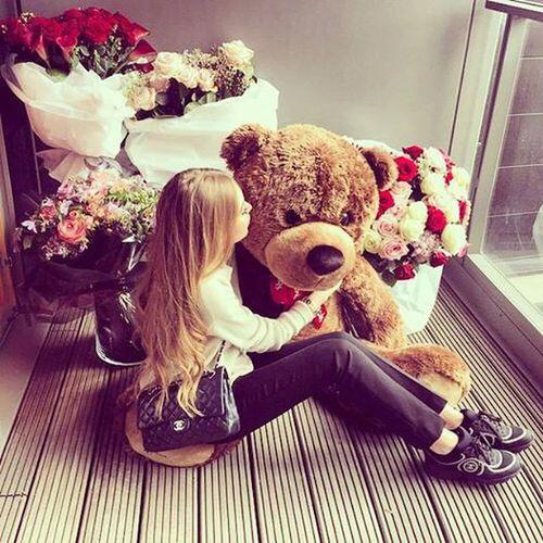 chanel-teddy-bear-fiori-liste-desideri-arredare-online-casa-mobili-linvingo-non-si-dice-piacere-blog-buone-maniere