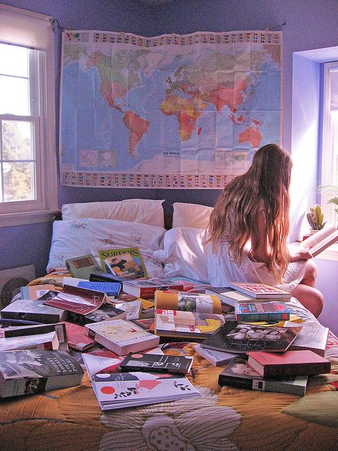 stanza- viaggi-liste-desideri-arredare-online-casa-mobili-linvingo-non-si-dice-piacere-blog-buone-maniere