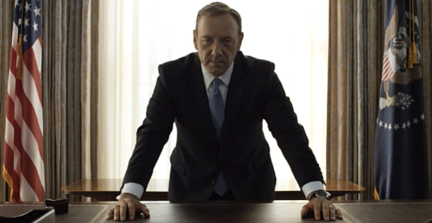 Kevin-Spacey-in-House-of-Cards-Season-2-chantham-house-rule-riunioni-ufficio-lavoro-bon-ton-galateo-come-comportarsi