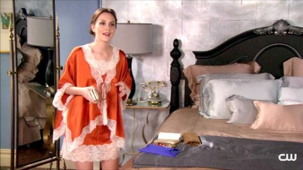 Leighton+Meester+Pajamas+Intimates+PajamasREVLON-LOVEISON-trucchi-estate-rossetti-lucidalabbra-primavera-non-si-dice-piacere-blog-smalti