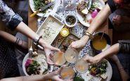 amici-tavola-stare-a-tavola-cucinare-fresco-stupire-mozzarella-obica-ricetta-facile-non-si-dice-piacere-bon-ton-buone-maniere