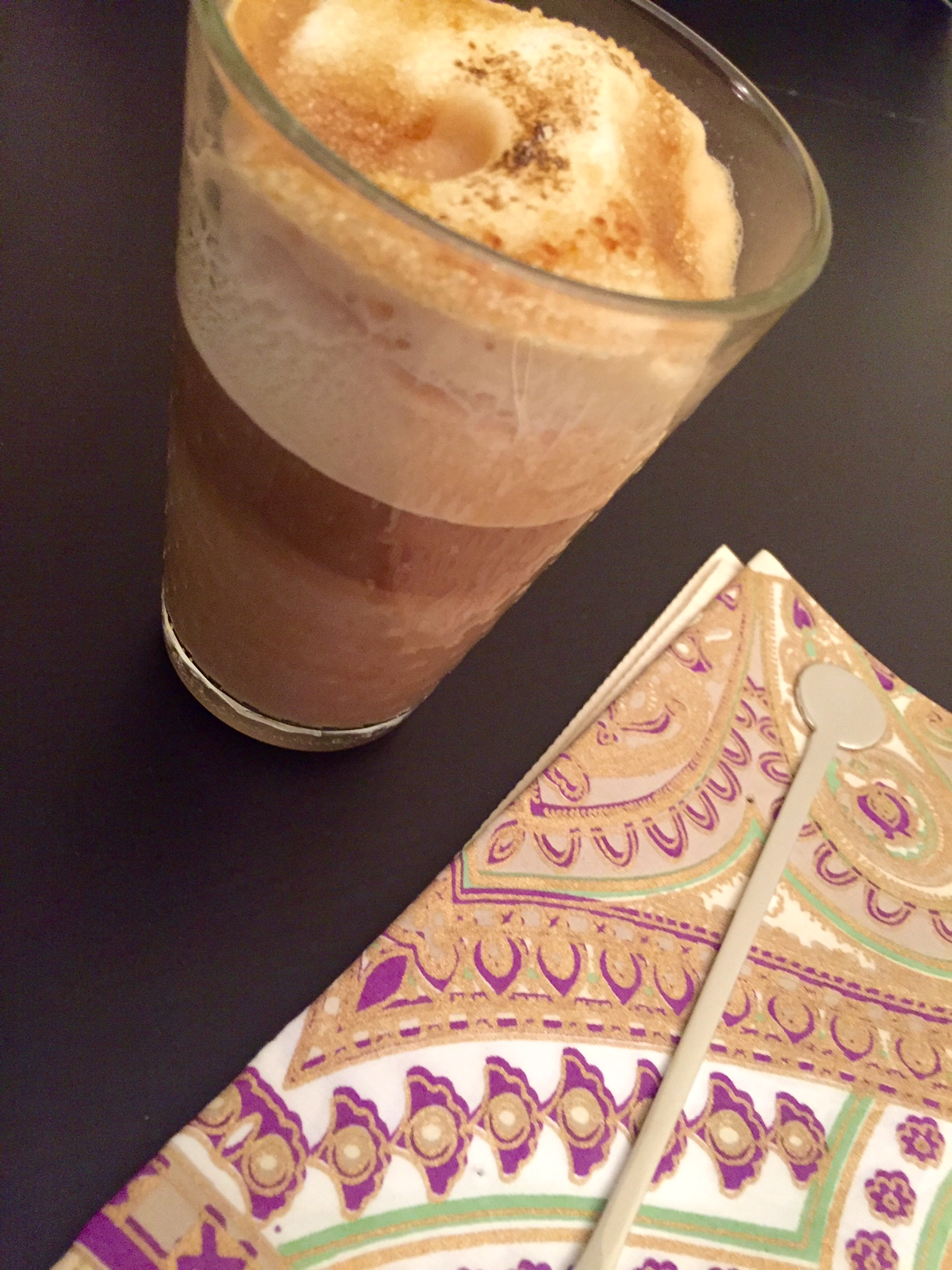 bicchiere-aramel-three-master-nespresso-ricetta-merenda-monsoon malabar-non-si-dice-piacere-ricevere-ospiti-blog-buone-maniere.jpg