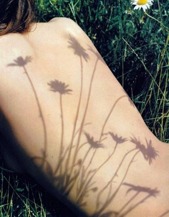 fiori-prato-primavera-accademia-bellessere-milano-operazione-8-prova-bikini-non-si-dice-piacere-bon-ton-buone-maniere