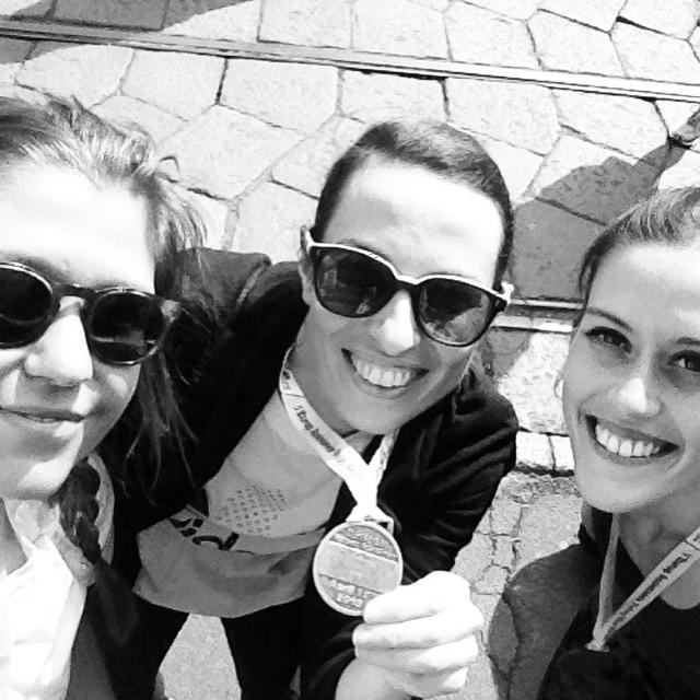 medaglia-finish-cityrunners-adidas-milano-city-marathon-staffetta-non-si-dice-piacere-bon-ton-ultraboost