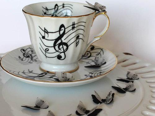 tazza-musica-nuove-scoperte-lifestyle-non-si-dice-piacere-bon-ton buone-maniere-blog-galateo