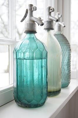 acqua-brocca-bottiglia-servire-varietà-filtatrata-brita-bon-ton-galateo-non-si-dice-piacere
