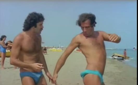 gigi-andrea-slip-acapulco-prima spiaggia a sinistra-stile-uomo-sciovoloni-cosa-non-mettere-estate-non-si-dice-piacere-bon-ton-buon-gusto-buone-maniere