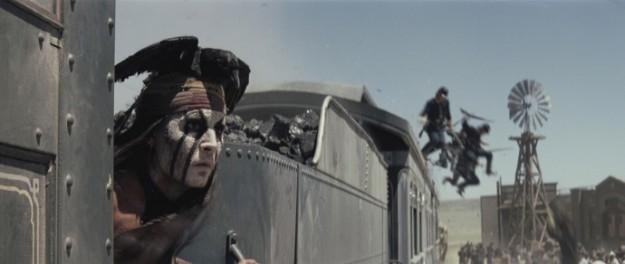 the-lone-ranger-johnny-depp-sul-treno-viaggiare-treno-galateo-bon-ton-viaggiatore-buone-maniere-viaggi-treno-silenzio-non-si-dice-piacere