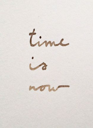 time-is-now-tempismo bianco rosso verdone- telefono-richiamare-bon-ton-galateo-richiamre-segreteria-telefonica-non-si-dice-piacere