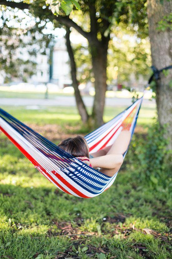 amaca non si dice piacere summer relax galateo estate-voglia-inizio-week-end-ponte-giugno-2-non-si-dice-piacere-blog-buone-maniere-galateo.desideri bon ton