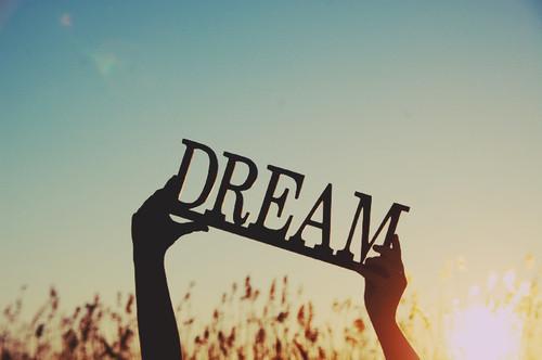 dream-estate-voglia-inizio-week-end-ponte-giugno-2-non-si-dice-piacere-blog-buone-maniere-galateo.